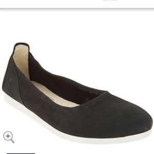 Fly London Black Leather Slip on Shoes/Flats.